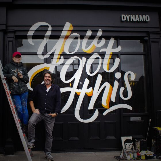Dynamo Spreads Positive Message to Dublin Locals